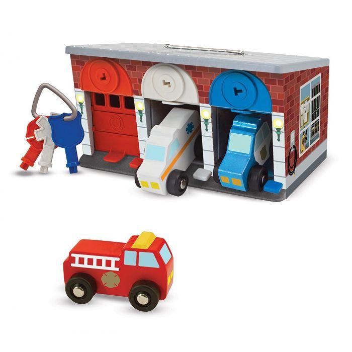 Melissa & Doug Toy Keys & Cars Wooden Rescue Vehicles and Garage (7 pcs)